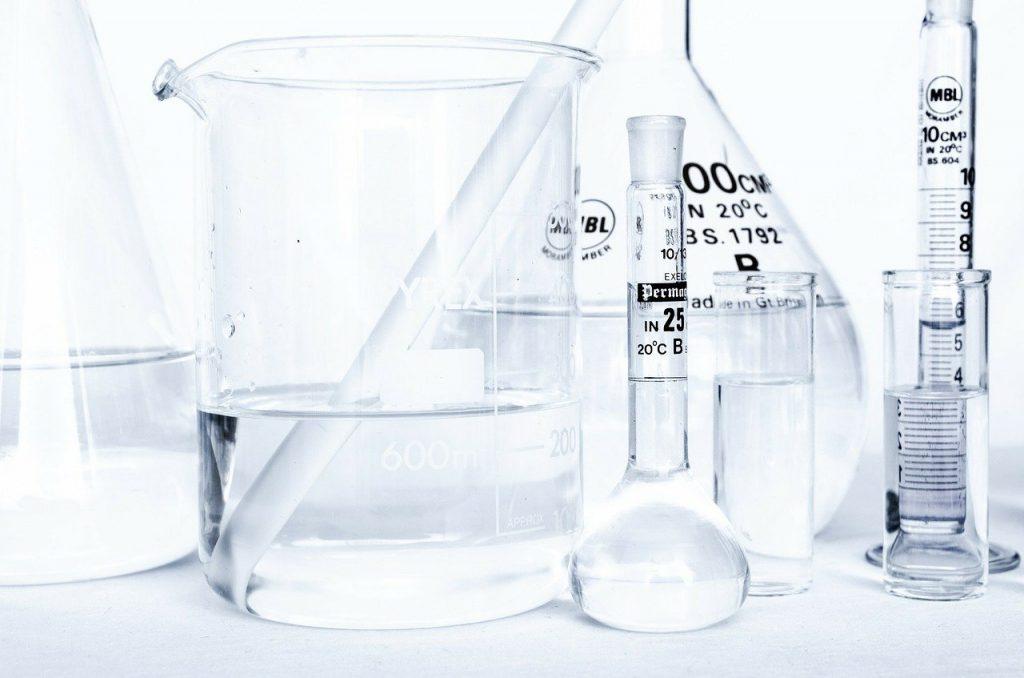 Acide Hyaluronique et autres substances